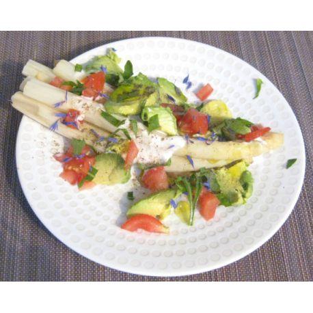 Salade d'asperges, avocat et lait de coco