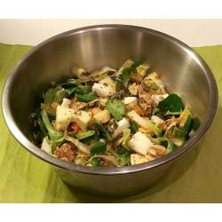 Salade de mâche et trévise, pommes et vinaigrette au miel