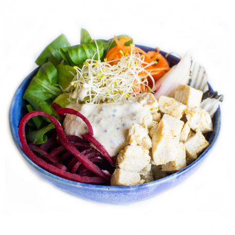 Salade Buddha bowl aux dés de poulet vapeur, cajonnaise à la moutarde (entrée, 1personne)