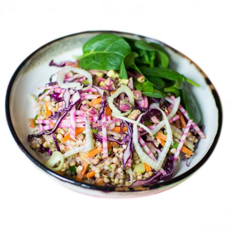 Salade de kasha et crudités, sauce à l'huile de noix (entrée, 1personne)