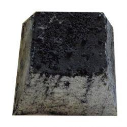 Pyramide cendrée, Ferme de Lucie (pièce)