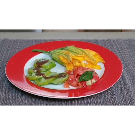 Pain surprise courgettes, tomate et morbier