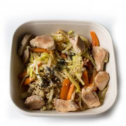 Wok asiatique aux légumes et poulet (plat, 1personne)